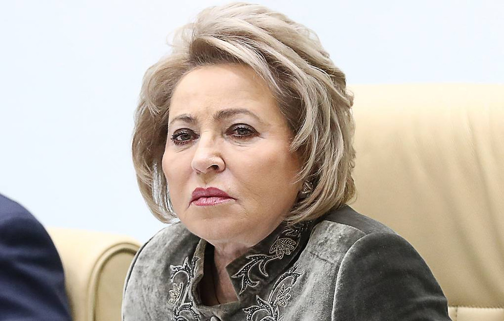 Матвиенко заявила, что до 80% минеральной воды в магазинах России является контрафактом