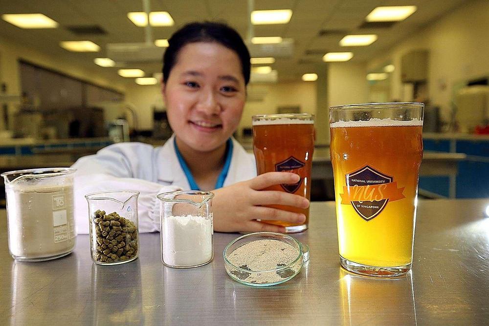 Сингапурская студентка придумала полезное для здоровья пиво