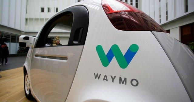 Alphabet обвинила Uber в краже технологий беспилотного автомобиля