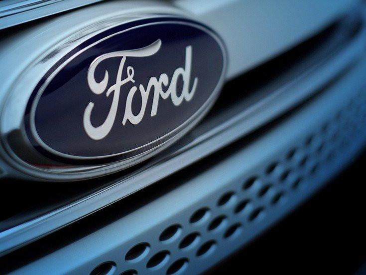 Ford разработал потолочную подушку безопасности