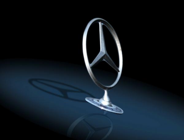 Mercedes-Benz запатентовал внешние подушки безопасности для пешеходов