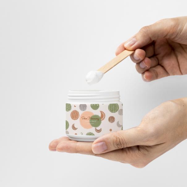 hand cream mockup 2