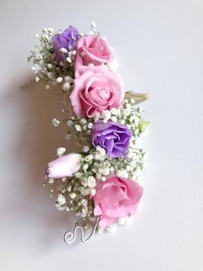 travessão de flores naturais