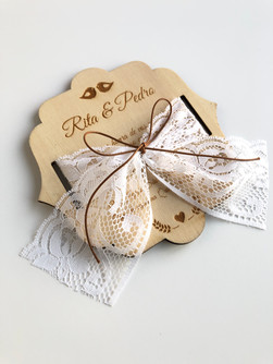 Convite Lace & Wood