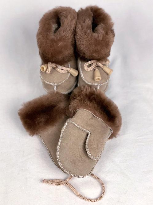 booties & mitten's