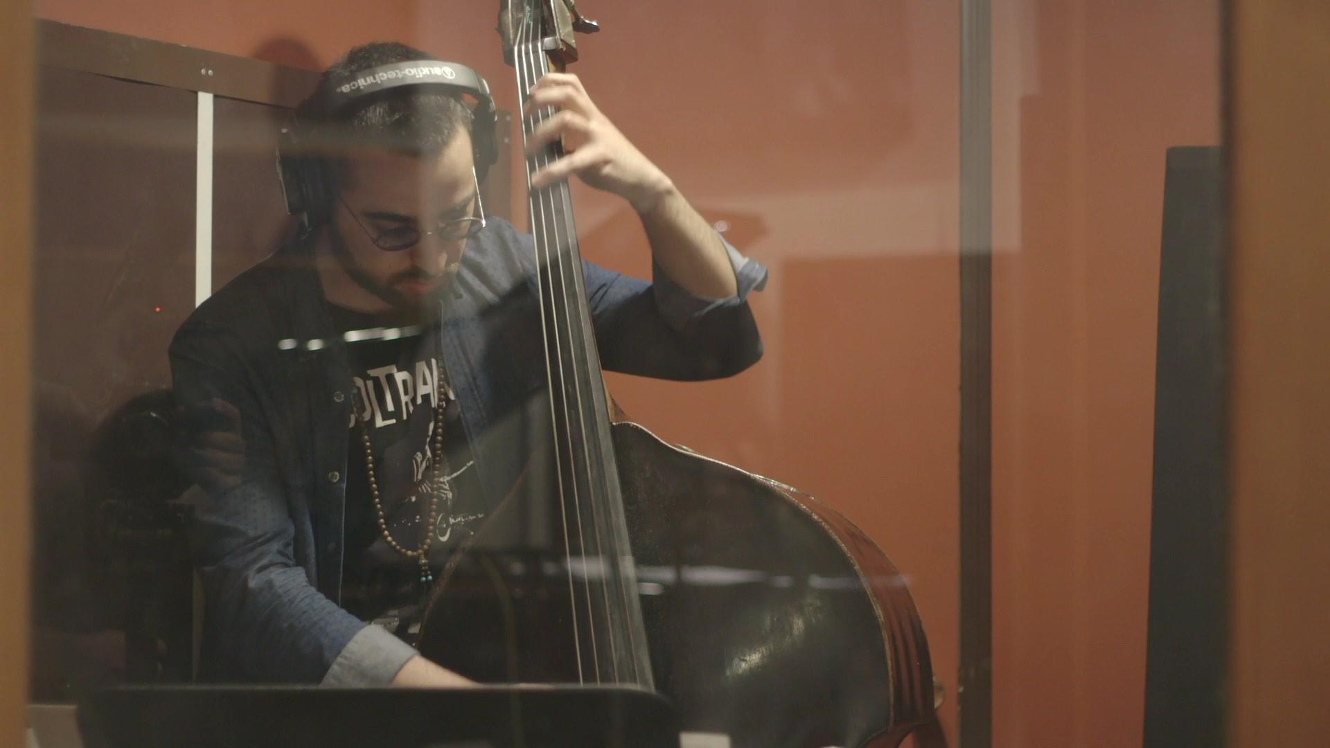 Luca Alemanno - Bass
