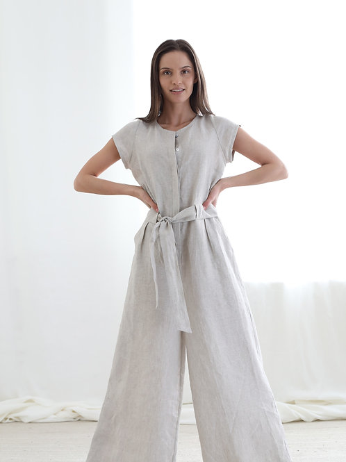 Jumpsuit with buttons at front