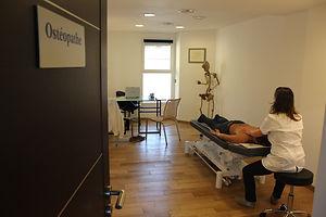 Cabinet d'osteopathie Marseille Plan de Cuques pour femmes enceintes bébés sportifs personnes agées