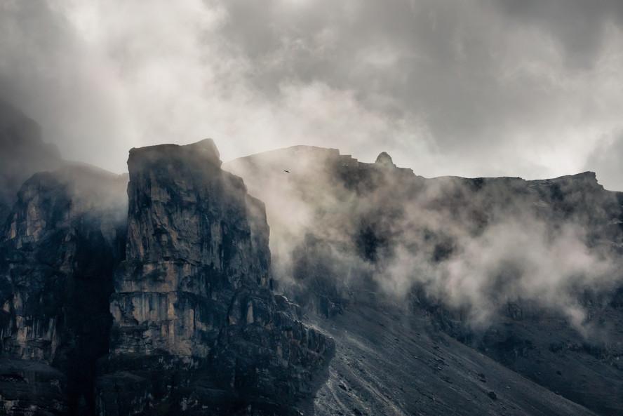 Storm over Thorung Phedi