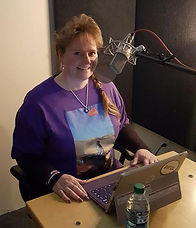 Roni Wng Lambrecht recording audiobook for Parenting at Your Best 2017
