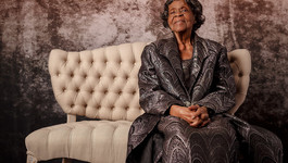 Photo Session: The Matriarch