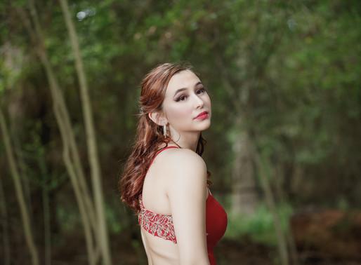 Introducing Prom Queen Bella