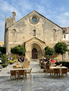 Jerez de Frontera, Spain - See full Southern Spain road trip itinerary at Paradox Travels