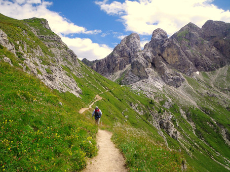 5 Tips for planning a Self-guided Dolomites Trekking Adventure