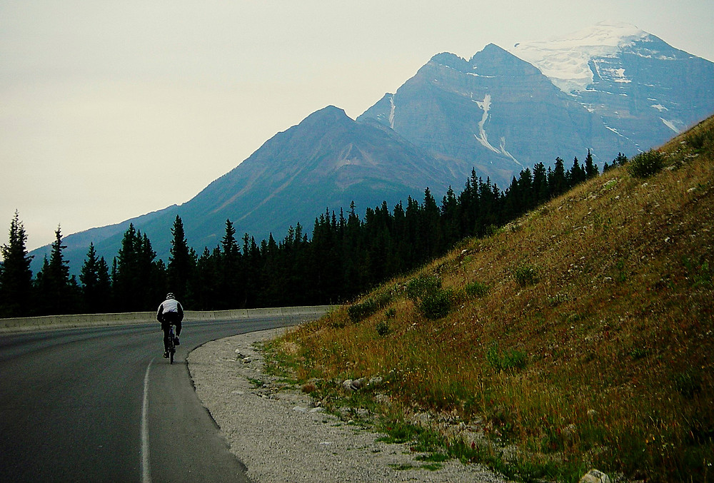 Riding from Lake Louise Village up to the Chateau - aka 'the Grunt'  - www.paradoxtravels.com