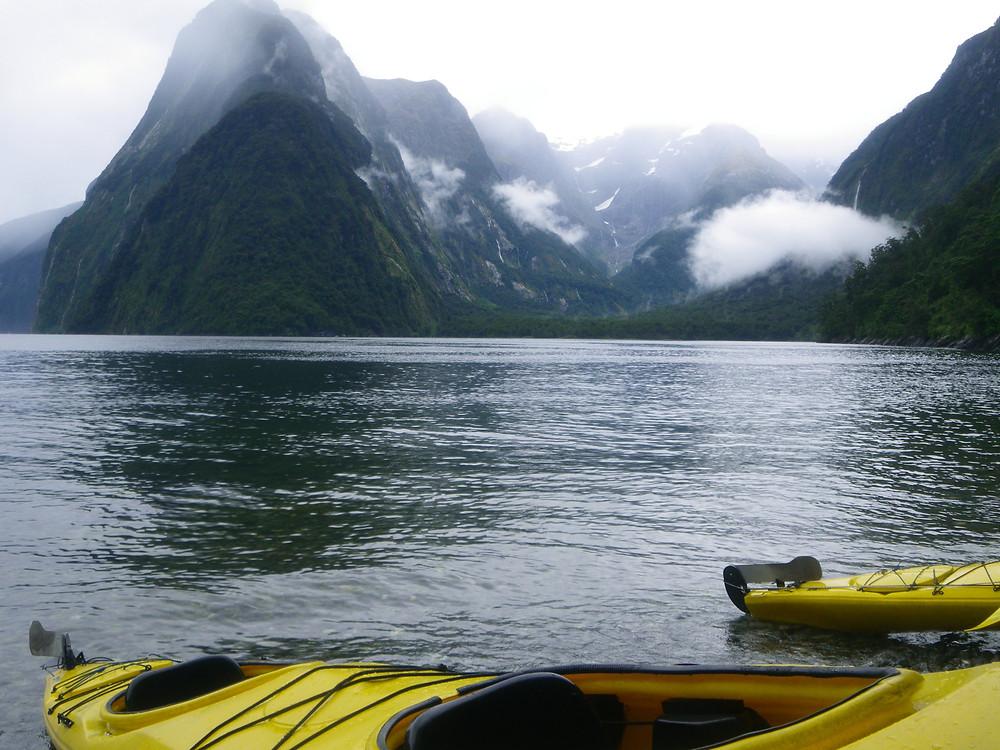 Milford Sound, Te Anau New Zealand - www.paradoxtravel.com