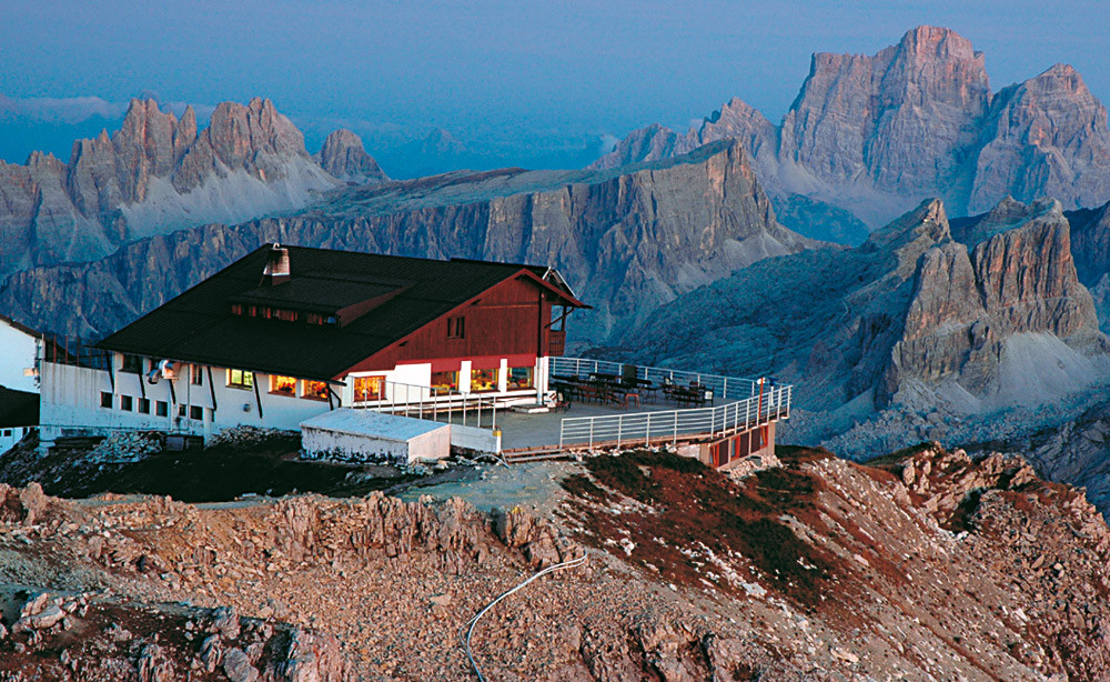 Refugio Lagazuoi - photo credit infodolomiti.it
