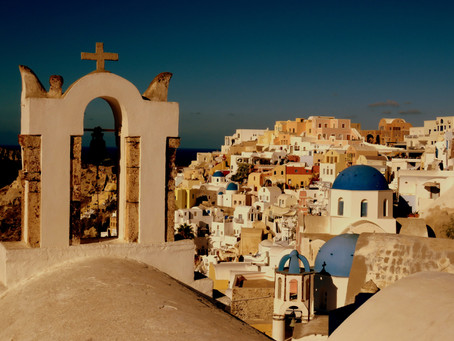 Best of the Greek Islands - a hybrid travel itinerary for Mykonos, Santorini and Naxos