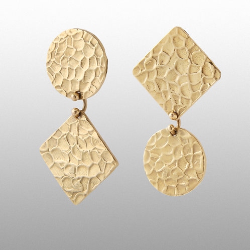18K Gold Chic Contemporary Geometric Hammered Finish Earrings