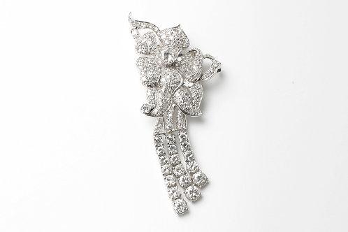 White gold diamond pin circa 1950