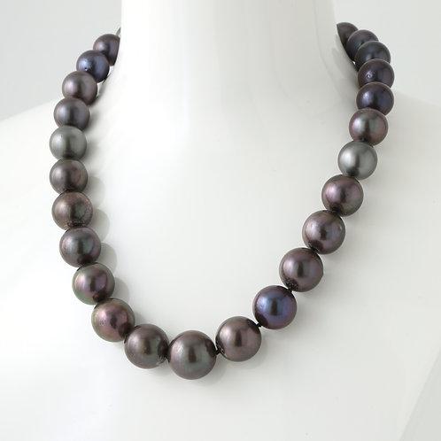 Tahitian Pearls, Spherical, Large Graduated Strand 16.0-11.5mm 18K White Gold Di