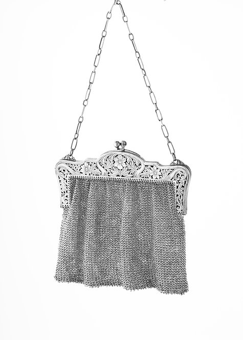 Antique, Sterling Silver Art Nouveau Mesh Purse circa 1900