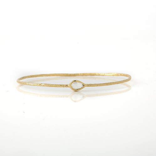 Hammered Wire Slip-on Bangle 18K Yellow Gold Rose Cut Diamond