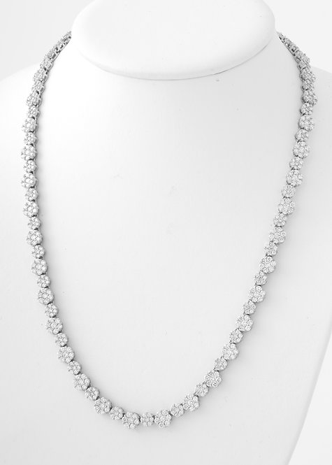 Exquisite Diamond Cluster Section Necklace 29.0 CTTW, 14K Gold