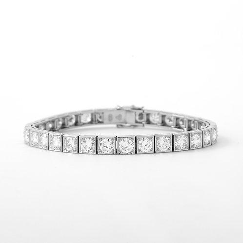 1950's Platinum Diamond Tennis Bracelet 31 Diamonds, 11.0 CTTW