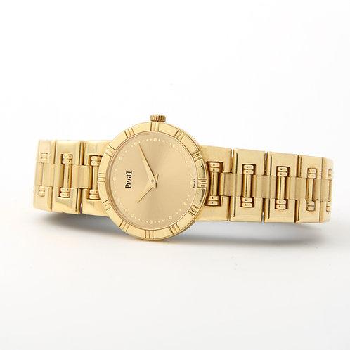 Piaget Dancer Wristwatch 18K Yellow Gold 23mm