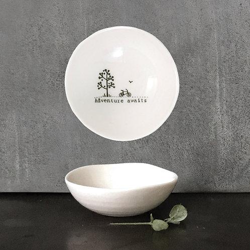Small 'Adventure Awaits' Wobbly Porcelain Bowl