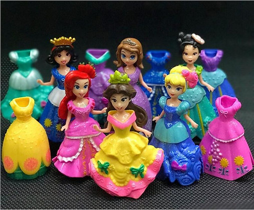 Disney's Princess Figurines Set of 6 + 6 Gowns