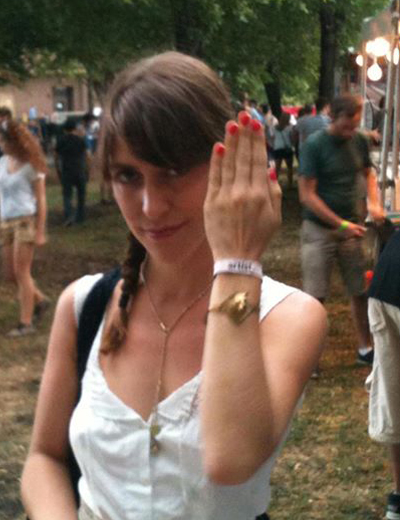Feist wearing SOB at Lollapalooza