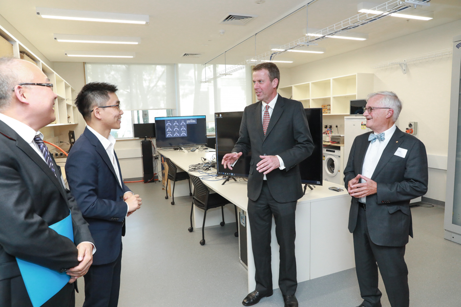 Integrated Energy Systems lab visit by Dr. Ke Meng with Minister Tehan