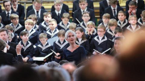"""THOMANERCHOR Leipzig und das Orchester des Musikgymnasiums """"Schloss Belvedere"""" Weimar musizieren gem"""