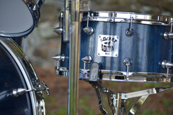 Blue Stained Snare with Spiked Lugs