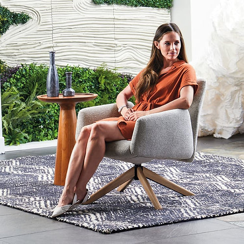 Envoi Mid-Back Lounge Chair