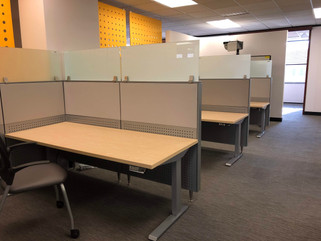 Cubicle with acoustics for office sound