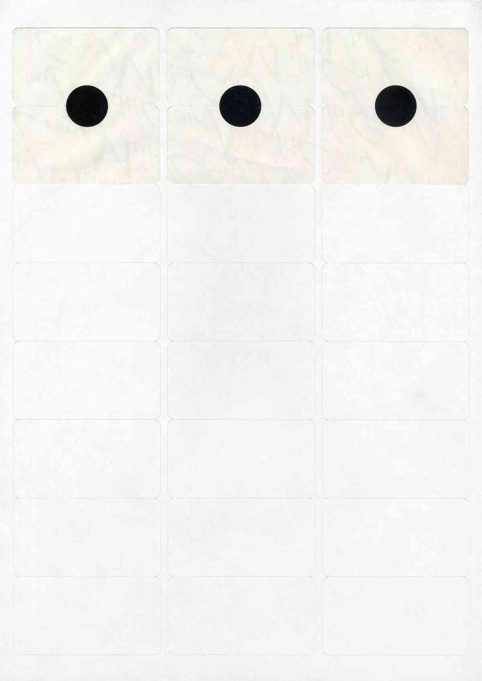 Pastilles noires sur feuille d'étiquettes - 21 x 29,7cm - 2006