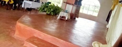 Church service at Emmanuel homestead.jpg