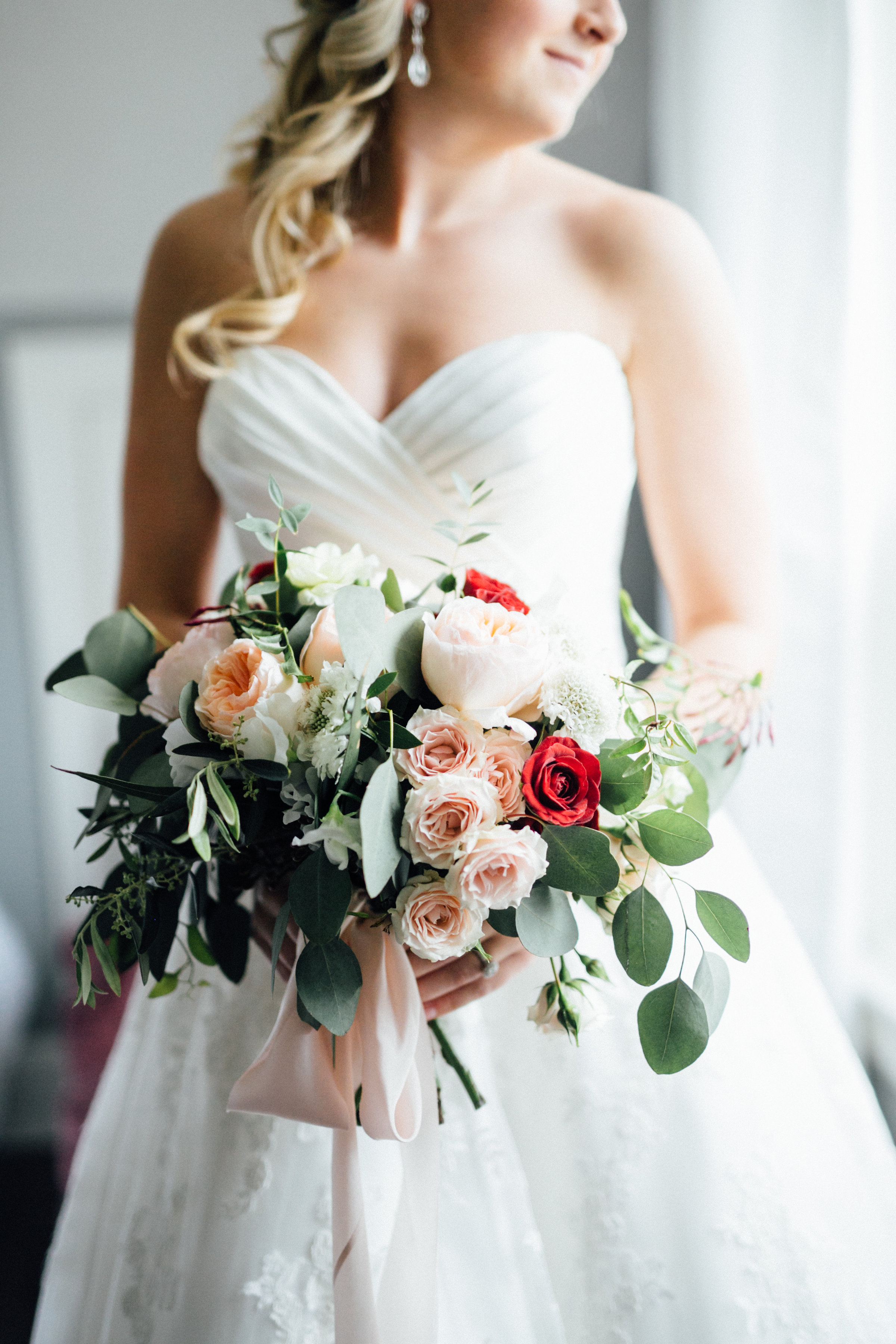 Peach Blush Marsala White Bouquet