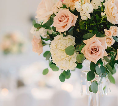 Aspen Florist Elevated Centrepiece - Bea