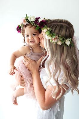 Aspen Florist & Petra King Photography Motherhood Experience