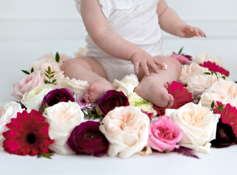 Baby Milestone Session w/ Aspen Florist & Petra King Photography