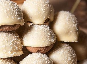 beyaz-cikolatali-kurabiye-min.jpg