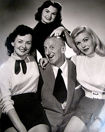 Jimmy Durante and girls.jpg