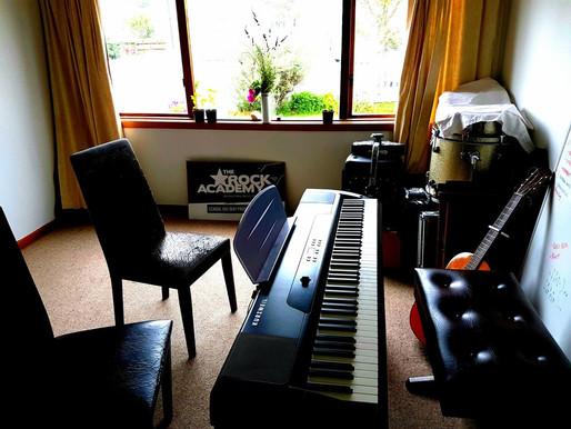 Singing studio open….
