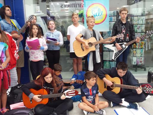 Singing Lessons Wellington – Busking