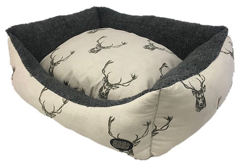 Snug & Cosy Stag Print Bed