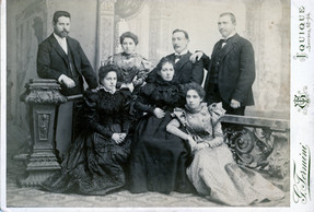 Family photos from 1900 in Chile